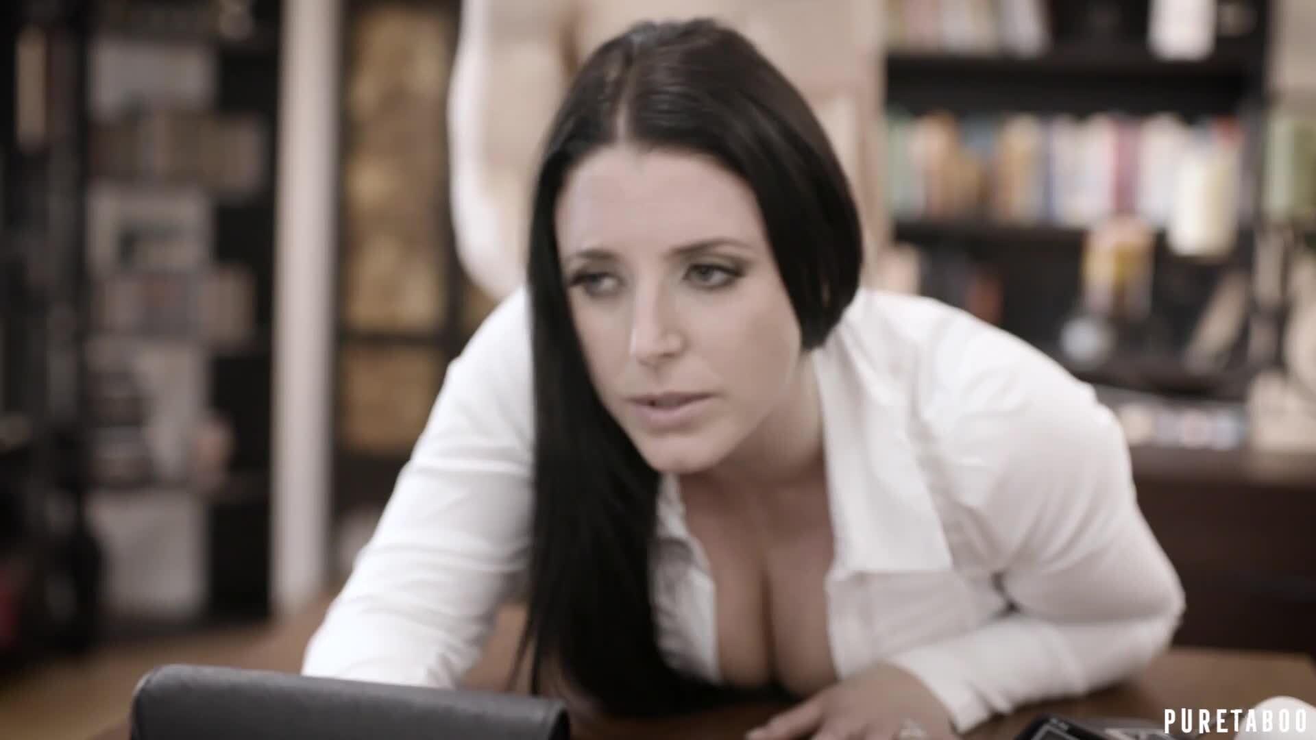 Kelly Divine Angela White