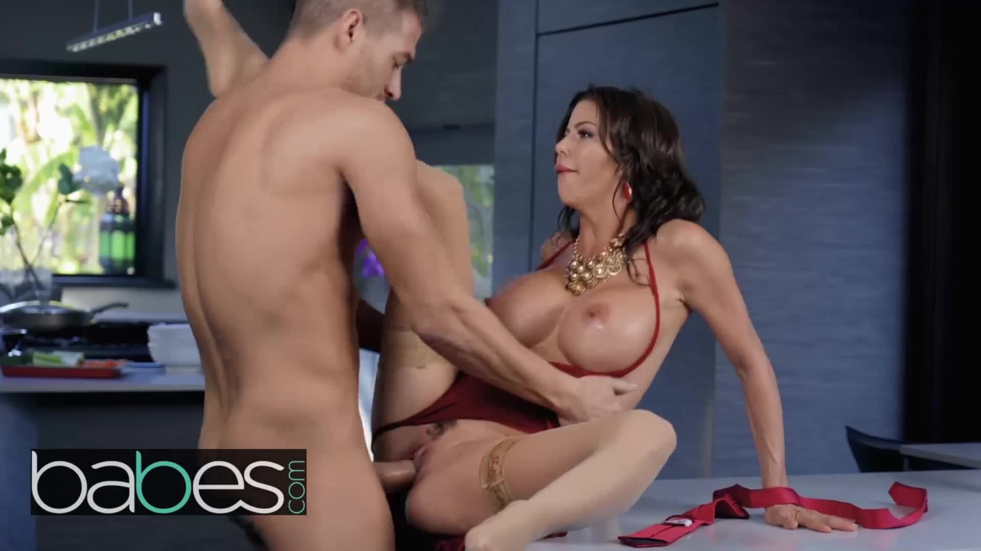 Alexis Fawx Threesome Pov