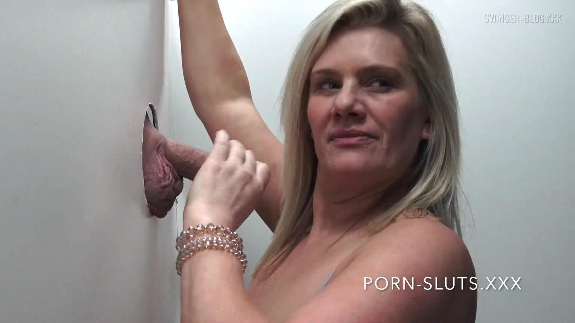 Sexy girlfriend nude pics
