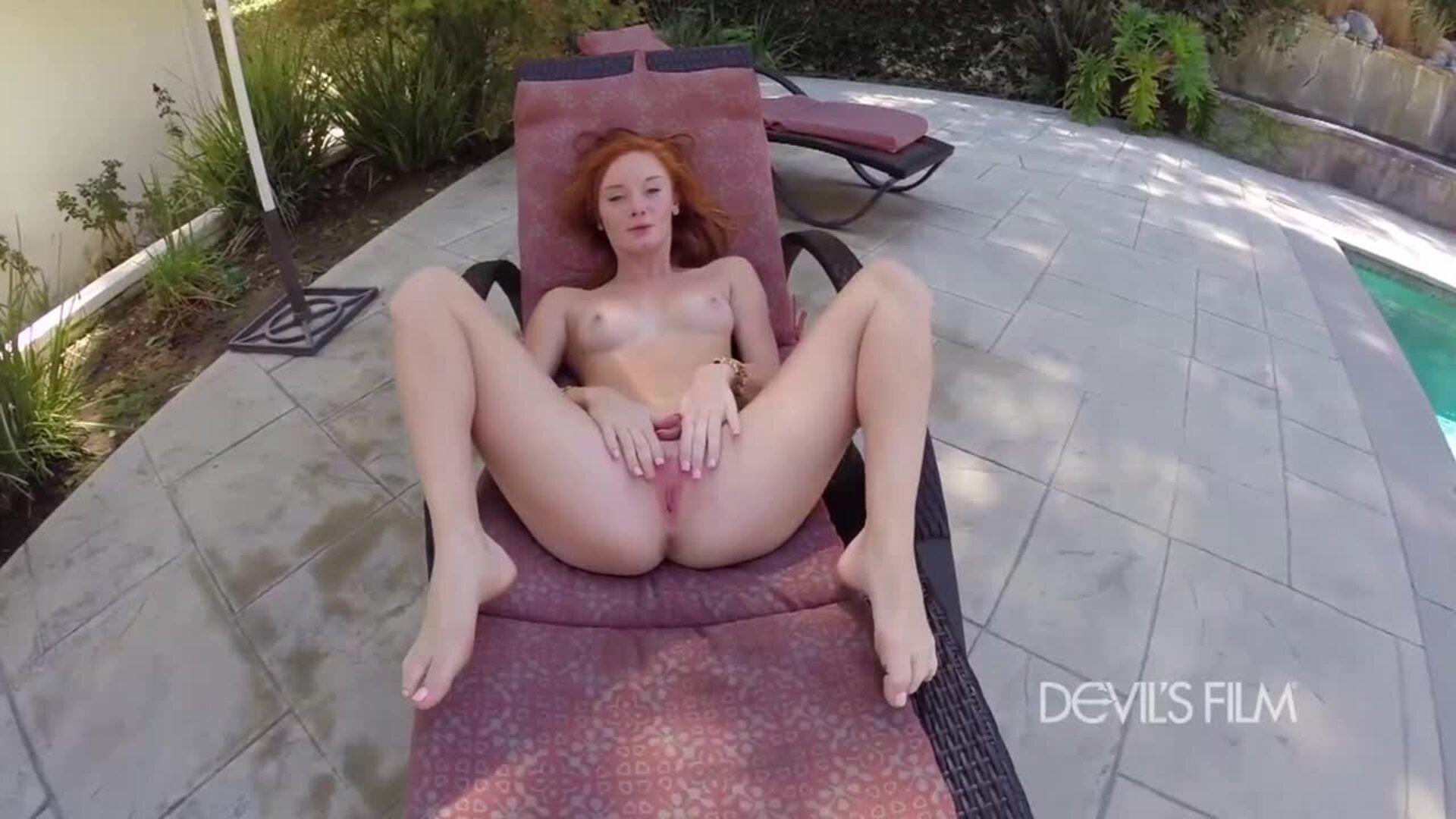 Nina Hartley Solo Masturbation