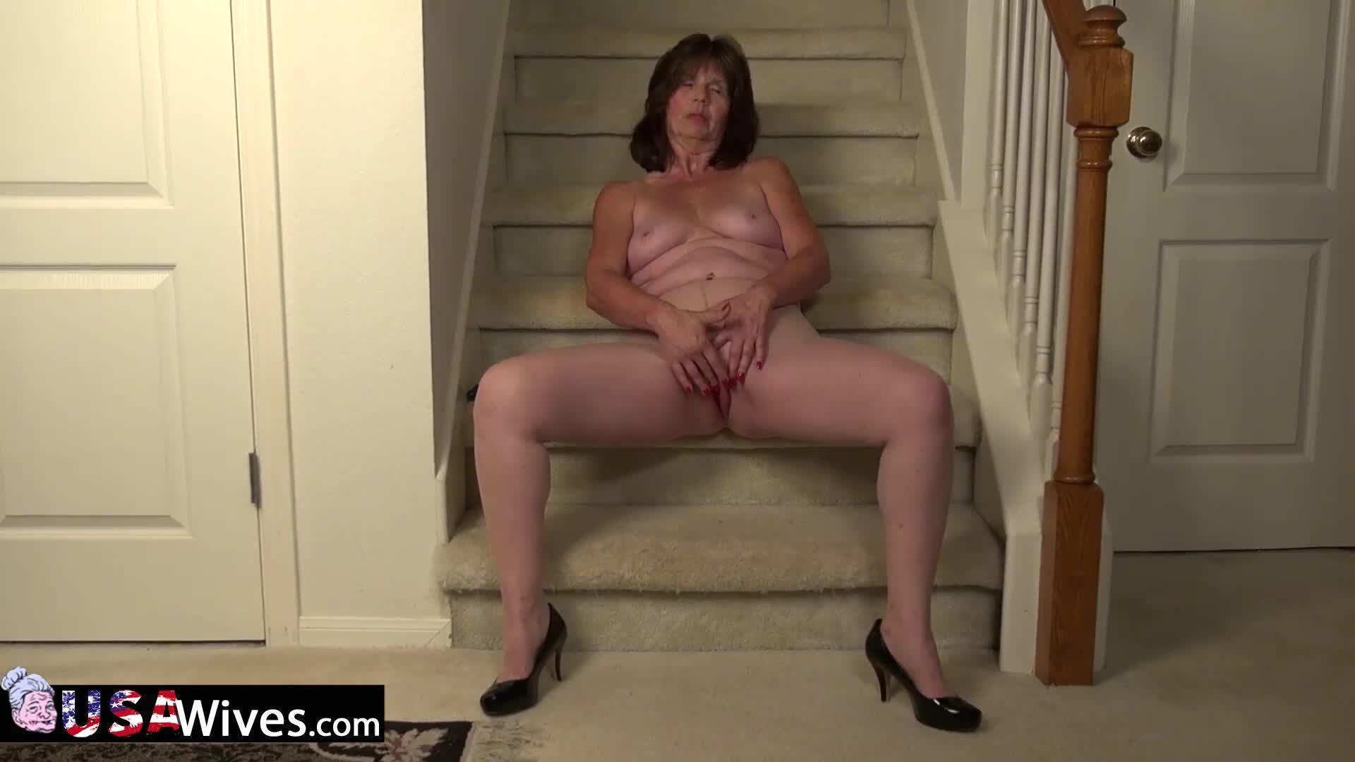 Die Nanny Nackt