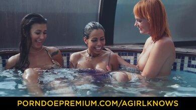 Heiße Orgie Im Pool